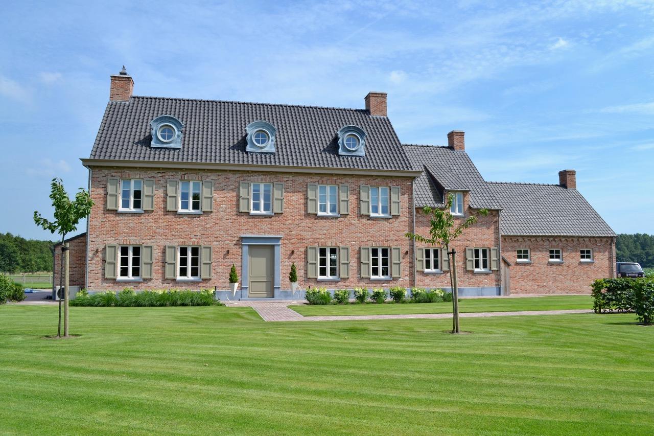 Prachtig landhuis met bijgebouwen op ca 3ha te hulst horseman - Chique landhuis ...